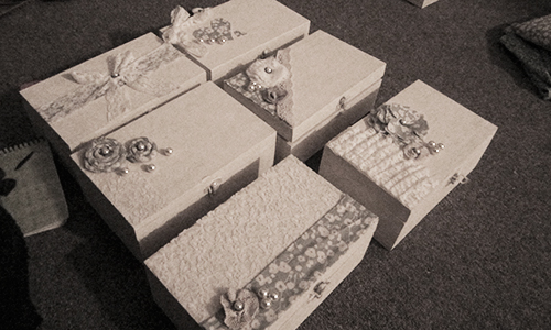 the will you be my bridesmaid box. Black Bedroom Furniture Sets. Home Design Ideas